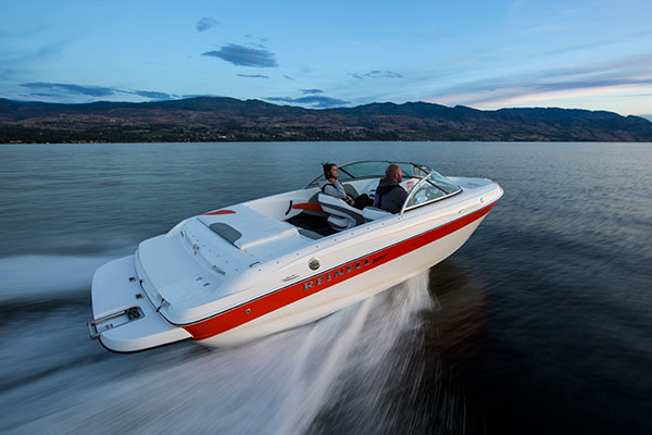 speedboat rental in okanagan